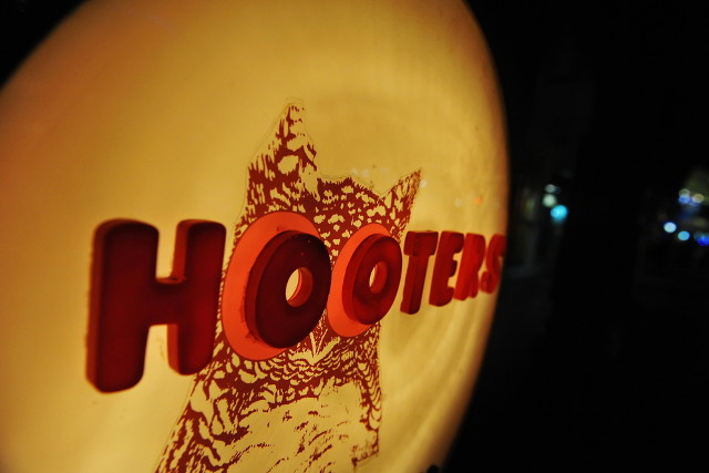 Hooters seeks trademark judgment
