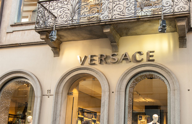 Versace 'threats' lead to complaint from lesser-known Versace licensee