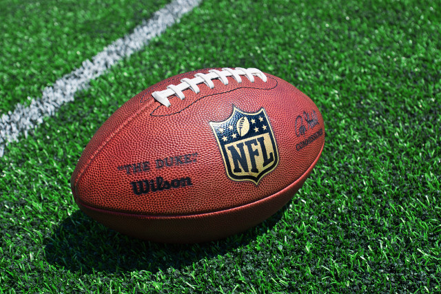 NFL challenges 'Superb Owl' trademark application