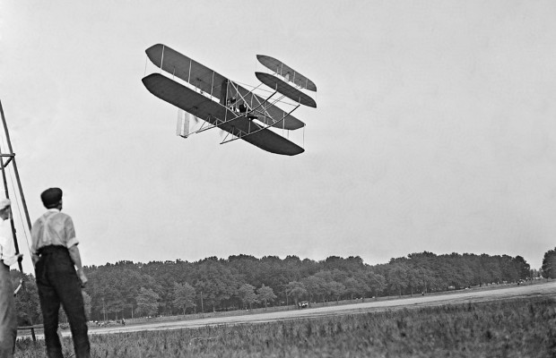 Long lost Wright brothers patent application to be displayed