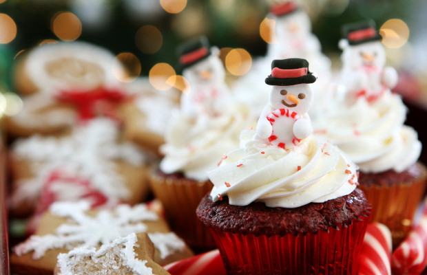 TV channel sued over snow globe cupcake video