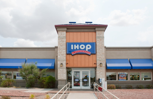 IHOP sues former franchisee over trademark infringement
