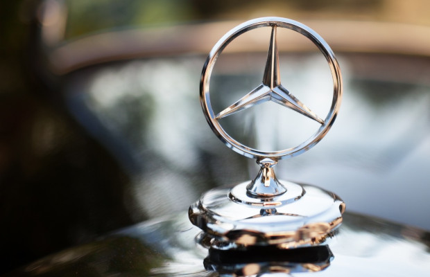US customs seizes Mercedes-Benz counterfeits