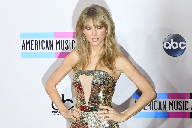 Taylor Swift to give deposition ahead of trademark case