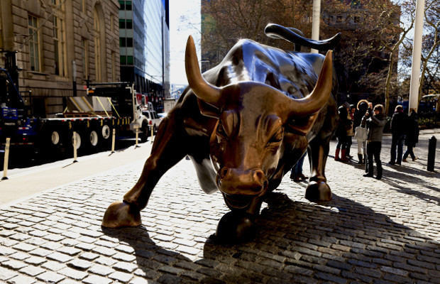 'Charging Bull' artist says 'Fearless Girl' sculpture violates his rights
