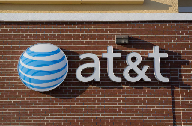 AT&T's online TV service targeted in patent claim