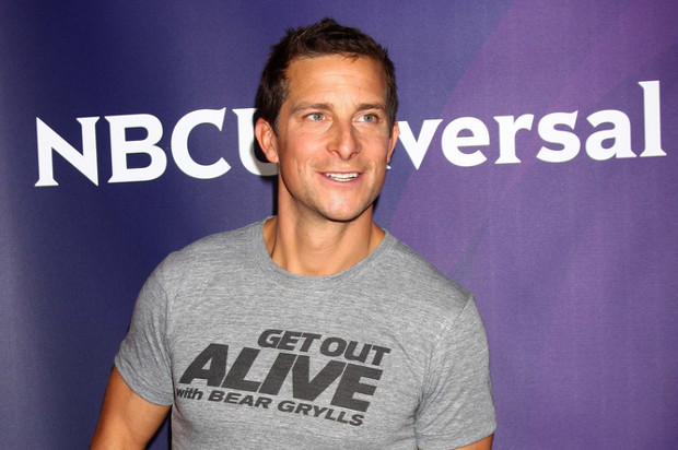 Bear Grylls 'pulls out' of bear blades dispute