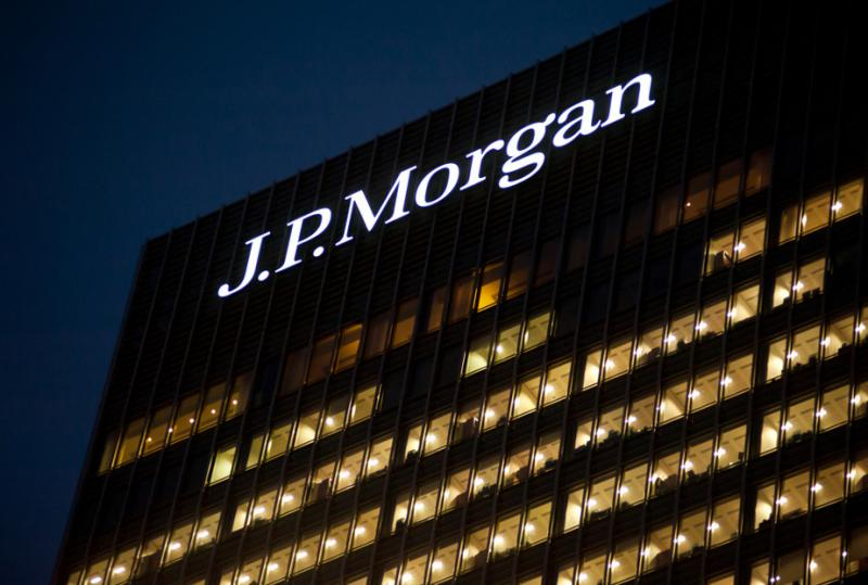 JP Morgan wants waiting game in IV patent wrangle