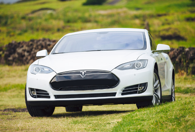 Tesla makes electric car patents available