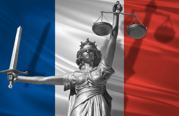 France to pass new online anti-piracy law this summer