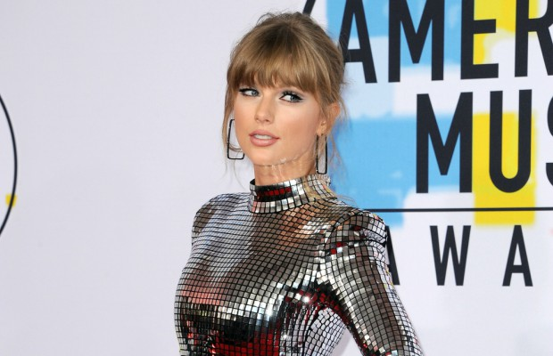 Computer store drops trademark claim against Taylor Swift
