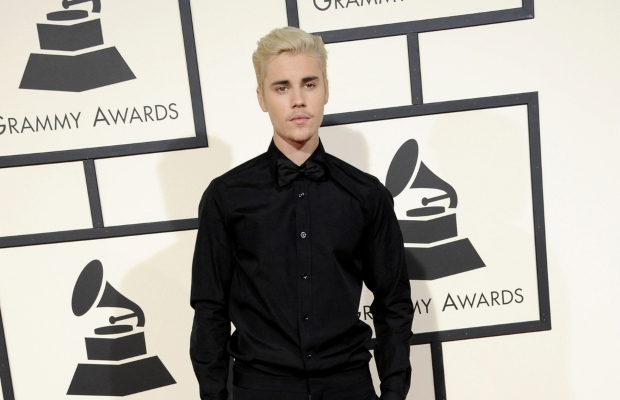 Justin Bieber settles with photographer over Instagram post