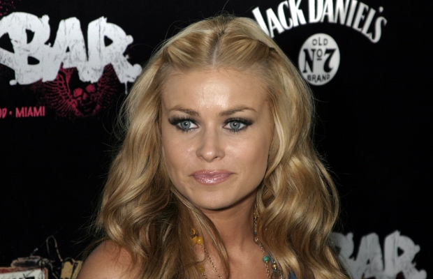 Carmen Electra sues strip club over Instagram ads