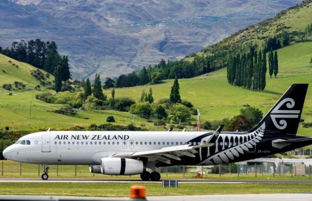 Air New Zealand under fire over 'Kia Ora' TM