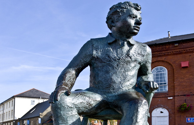Dylan Thomas copyright case dismissed, but not dead